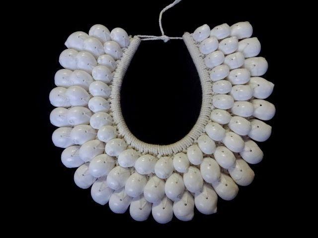 Shell Necklace Boho Luxe Coachella Look Women Fashion Eye Catching Home DecorArt #Unbranded