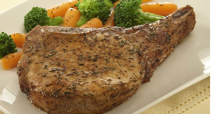 Home Style Pork Chops - Everyday Cooking - McCormick.com - Pork chops are seasoned with paprika and thyme for a home-style flavor and appearance.