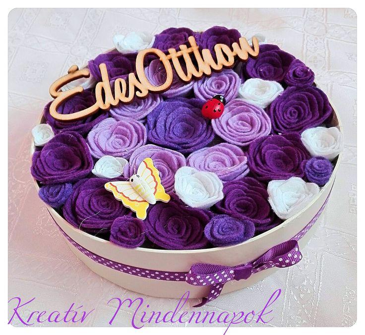 Lila színű filc virágdoboz  - Purple Felt flowerbox