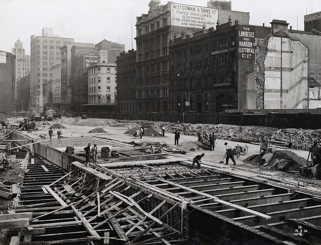 Title: Wynyard Station - Pouring Roof Slab Dated: 19/05/1930