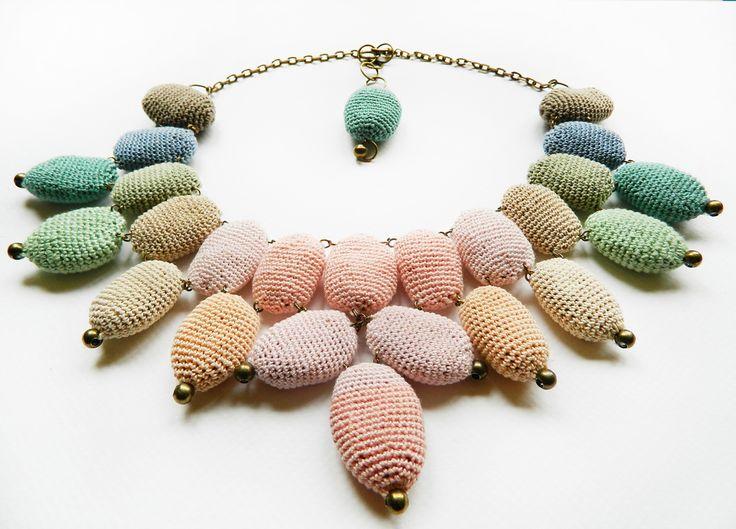 "Colier ""Rainbow (2)"" (Rezervat) (115 LEI la lida.accessories.breslo.ro)"