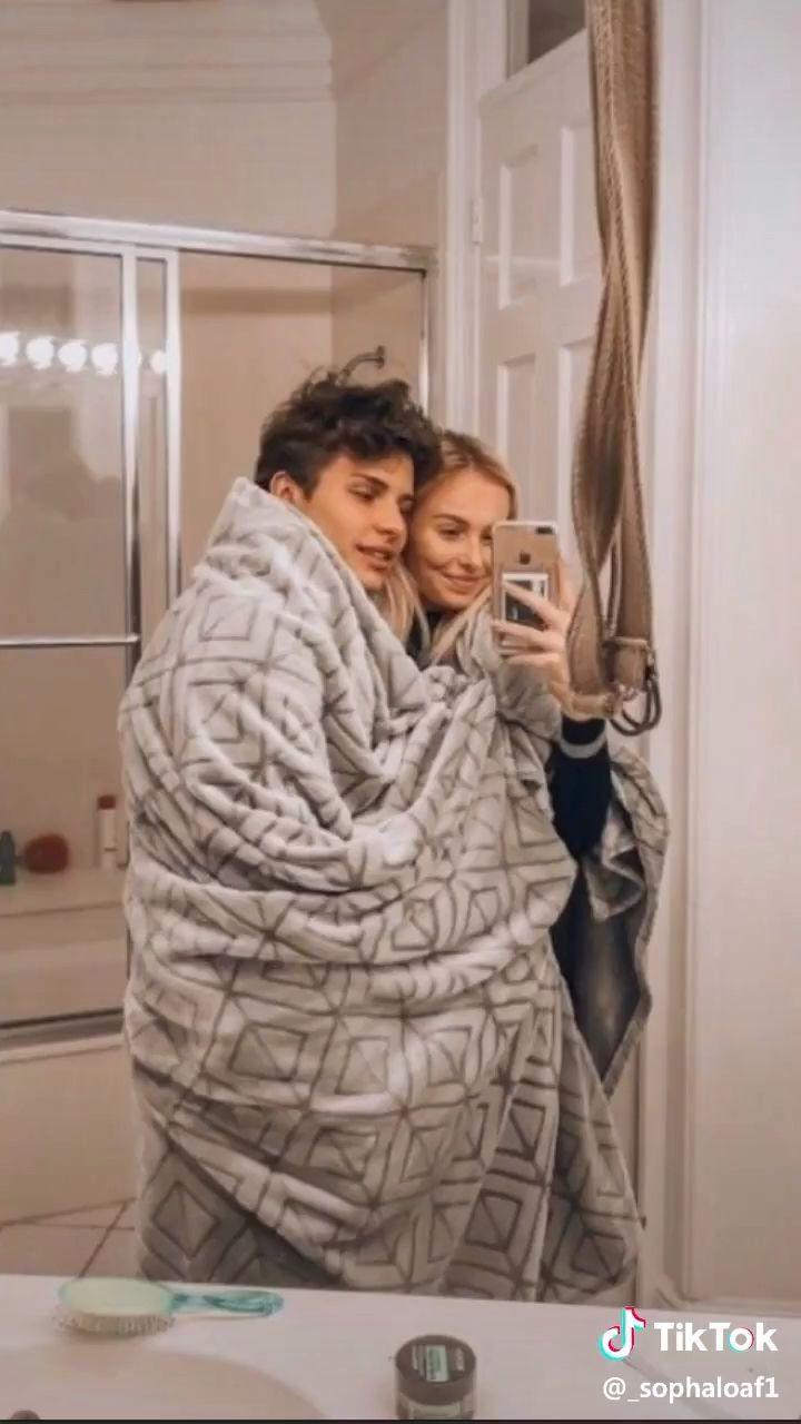 Relationship Videos Tiktok Relationship Couple Goals Romantiske Bilder Kjekke Gutter Kjaereste