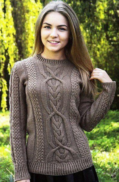Пуловер с красивыми фантазийными узорами