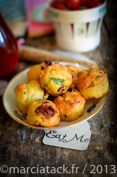 Mini-muffins tomates séchées, basilic & olives - Recette- Marcia 'Tack
