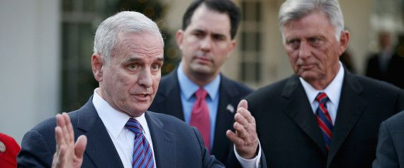 MARK DAYTON MINNESOTA. Awesome! Raised the taxes on the wealthy & the minimum wage. Grew jobs & income.