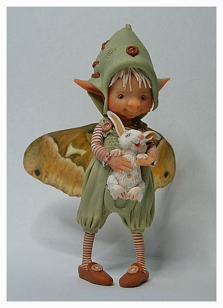 enaidsworld: Fairy puppets muizen This ladies work is totally amazing, her little figures are just beautiful, check her site out.