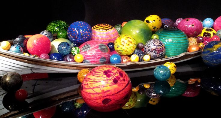 Blog post at Tammilee Tips : Chihuly Glass Museum Seattle is absolutely amazing! From the moment you approach the building your eyes don't know where to look. The [..]