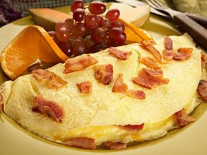 Bacon & Cheese Omelet - I adore bacon. It can go from breakfast, to lunch, to dinner.