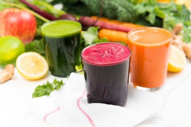 Овощной коктейль «Иммунитет» - Оздоровительный коктейль из трех самых полезных овощей: моркови, свеклы и сельдерея.