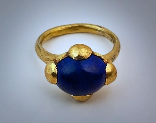 Una temprana medieval anillo de oro Imperio Bizantino, 8 de alrededor de - siglo 10 dC