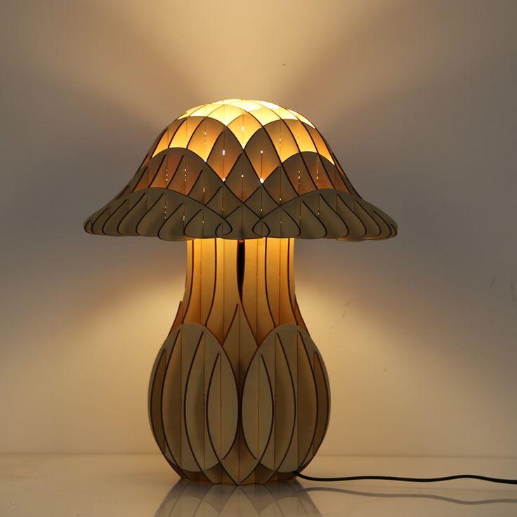 Tieto drevené závesné svietidlá sú najnovším módnym trendom v osvetlení. Vyjadrujú životný štýl a individualitu každého svietidla.  Sortiment je zameraný na široký sortiment produktovej rady i Wood. Umelecké modely a typy svietidiel sú navrhnuté s tou najvyššou precíznosťou a presnosťou. Každé jedno svietidlo je umeleckým dielom.