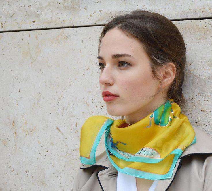 Today you need a scarf. Ma kell egy kendő. #silkscarf #luxurygift #bugs #etsyseller #magyardivat #ikozosseg #magyartervező #wamp #womenfashion #silkaccessory #trendy #silkart  #selyemkendő #selyem #kiegészítő #elegáns #wearableart
