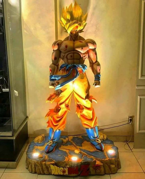 Life Size Goku Statue Who Wants This In Their Room