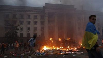 Via Laurent Brayard Le massacre d'#Odessa au nom de l'#Ukraine unique soutenue par l'#UE