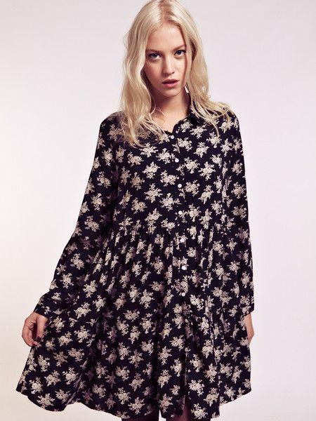 Dahlia Alana Monochrome Oversized Floral Shirt Dress