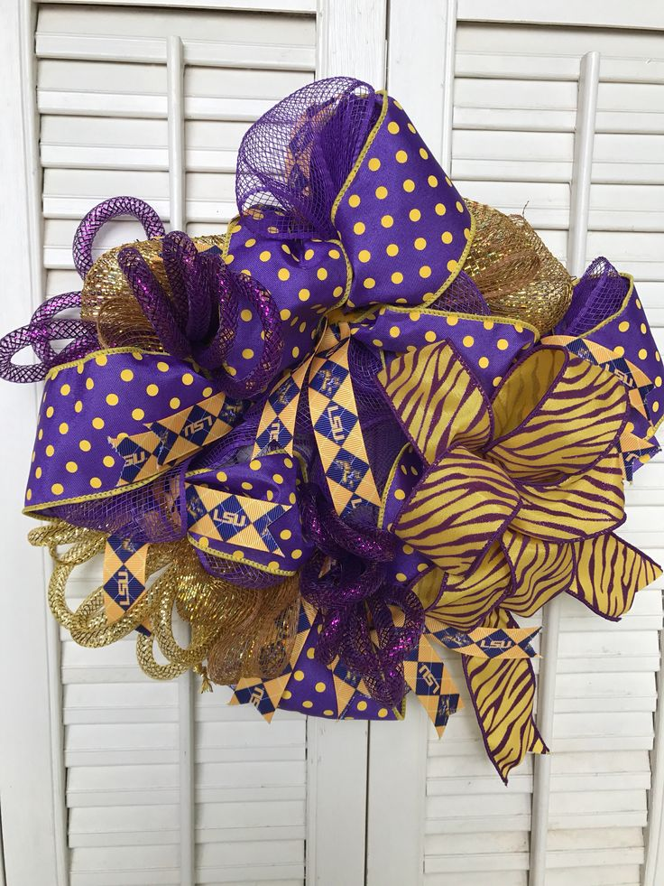 Louisiana State Tigers Wreath LSU Football Wreath LSU Tailgating Deco Louisiana Tigers Decor SEC Football Geaux Tigers Wreath Louisiana by Underthekentuckysun on Etsy https://www.etsy.com/listing/554454393/louisiana-state-tigers-wreath-lsu