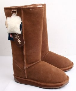 Classic Moderate Emu Boots Chestnut I have these.and they are so comfy!!!