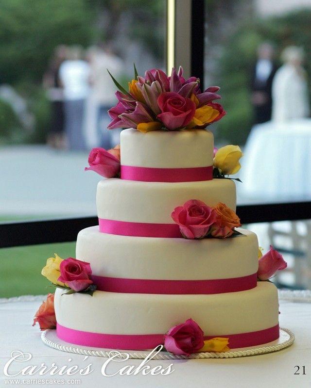 oval shaped wedding cake