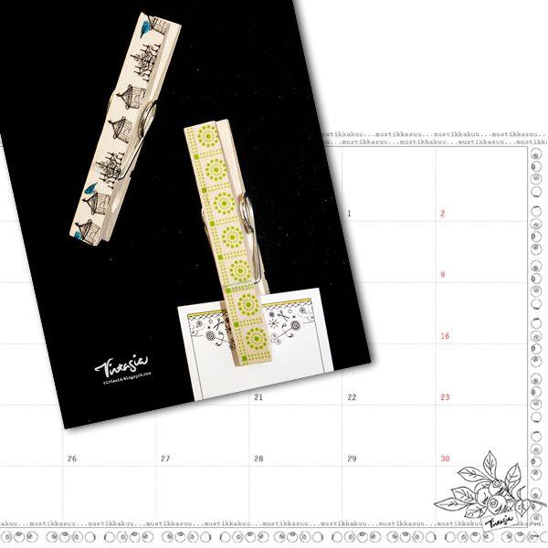 Elokuun ilmainen tulostettava seinäkalenteri ja pyykkipoikamagneetit. Free calendar template (August 2015) and magnet from clothes peg. #virtasia #kalenteri #tulostettava #magneetti  http://virtasia.blogspot.fi/2015/07/elokuun-seinakalenteri-ja.html