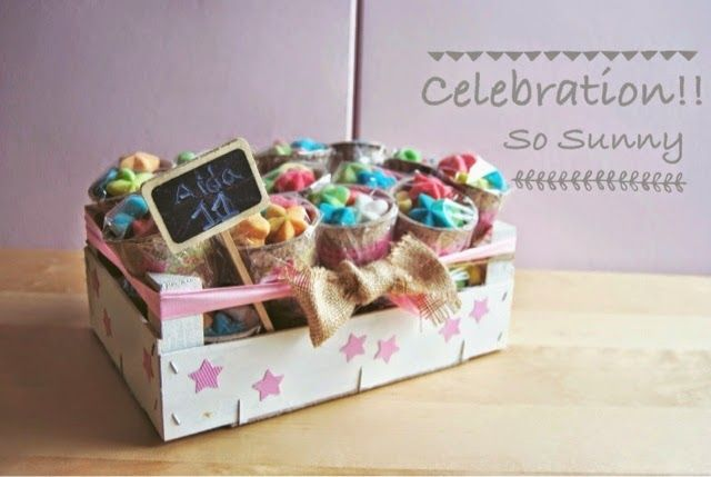 DIY Caja de frutas con macetas de chuches como detalles para un  cumpleaños. Party favor with jellies in a fruit box. So Sweet 3, o lo que nos gustan las chuches...