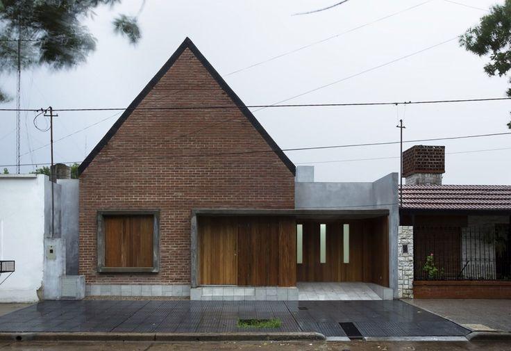 House in La Pampa / Hernán Gastelú