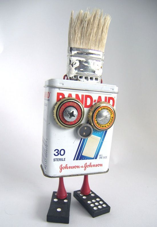 recycled robot art | ... Recycled robots in packagings metals art with Sculpture Robot Recycled