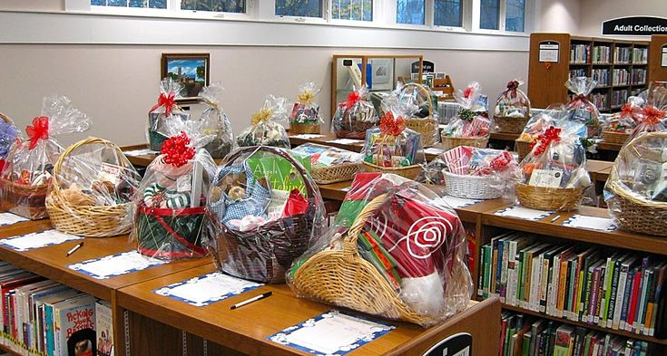 silent auction basket ideas | ... at the Darien Library for their annual fundraising silent auction