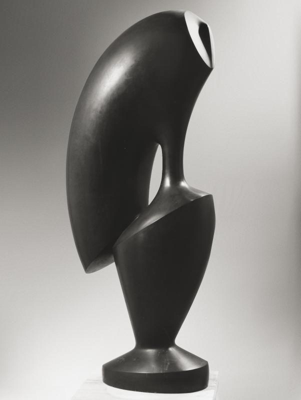 Agustin Cárdenas Le Coq, 1974 bronzo, cm 57x53x113h
