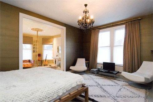 Jade Jagger's bedroom - Beni Ourarin rug