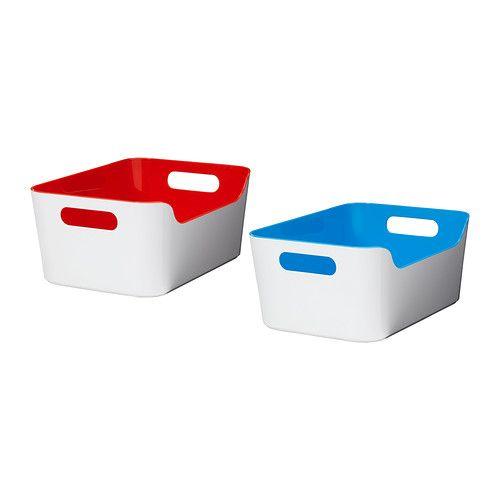 VARIERA Bak IKEA De VARIERA bak is door de twee gripvriendelijke handgrepen makkelijk te dragen en uit een kast of lade te halen.