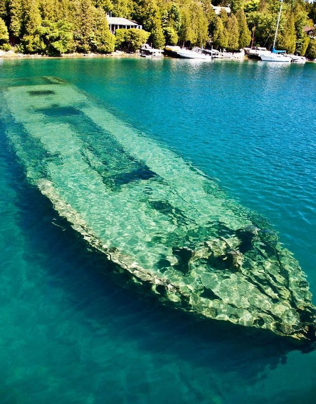 Shipwrecks in Lake Huron