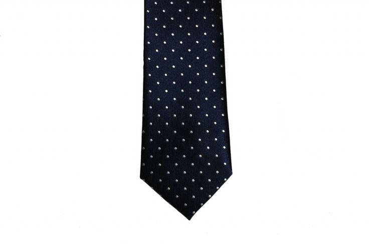 Красивый мужской галстук в синий горошек