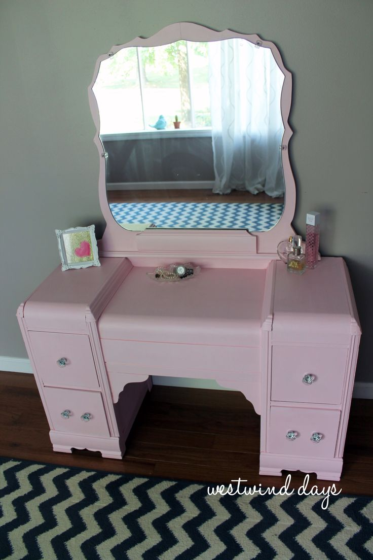 Pink Chalk Painted Vintage Waterfall Vanity Decorating Repurposing Pinterest Chalk Paint