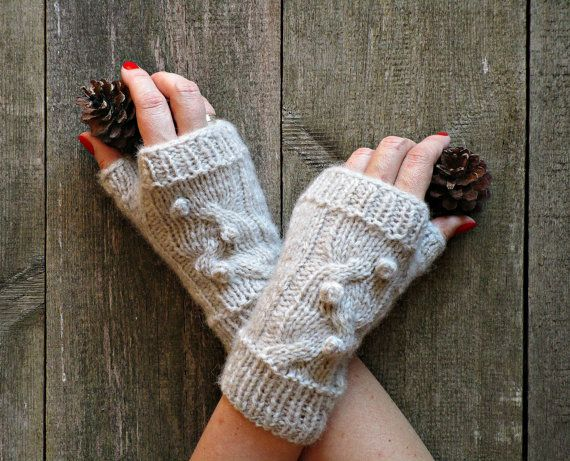 Cable knit mittens Knit wool gloves Hand knit by IrinasSTRICKMODE