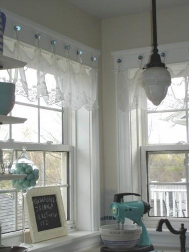 cute curtain idea for bathroom or kitchen single window