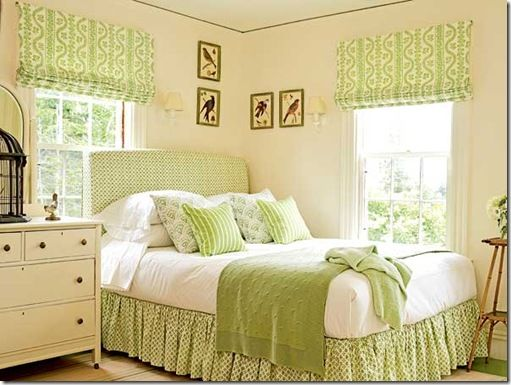 Think Spring!Romans Shades, Green Bedrooms, Guest Bedrooms, Colors, White Bedrooms, Coastal Living, Guest Rooms, Bedrooms Ideas, Green Room