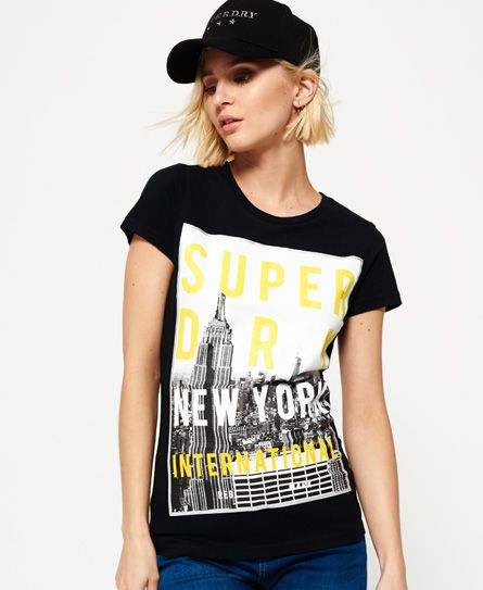 SUPERDRY Angebote Superdry NYC T-Shirt mit großem Fotoprint: Category: Damen / T-Shirts / T-Shirt mit Print Item number:…%#Mode%