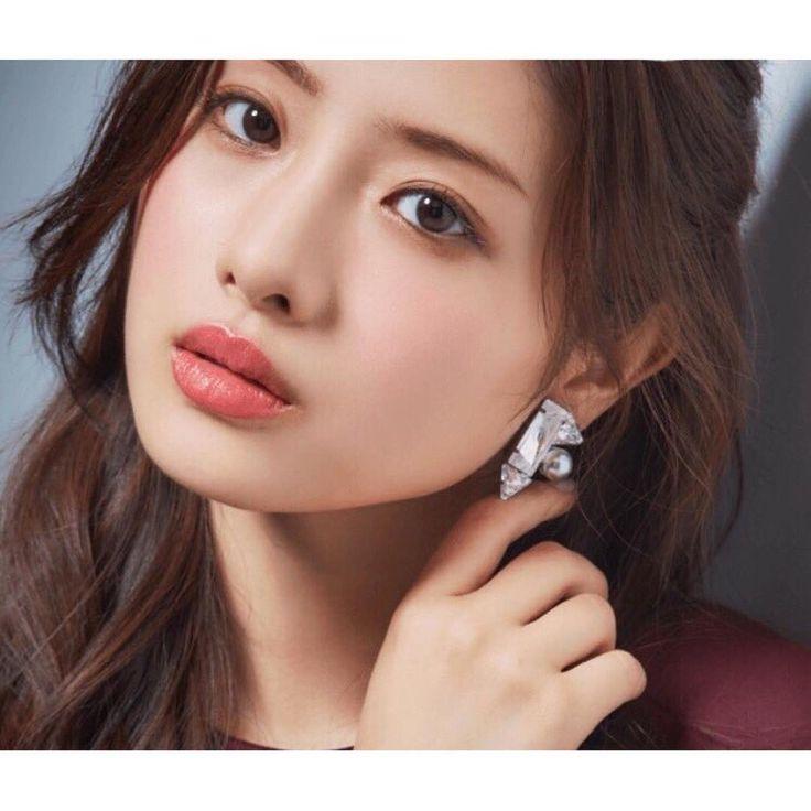 "kawaiiiii girls on Instagram: ""#石原さとみ#satomi#satomiishihara#ishiharasatomi#japan#japanese#woman#japanesewoman#asian#actress#beautiful#beautifulwoman#tokyo#kawaii#cute#face"""