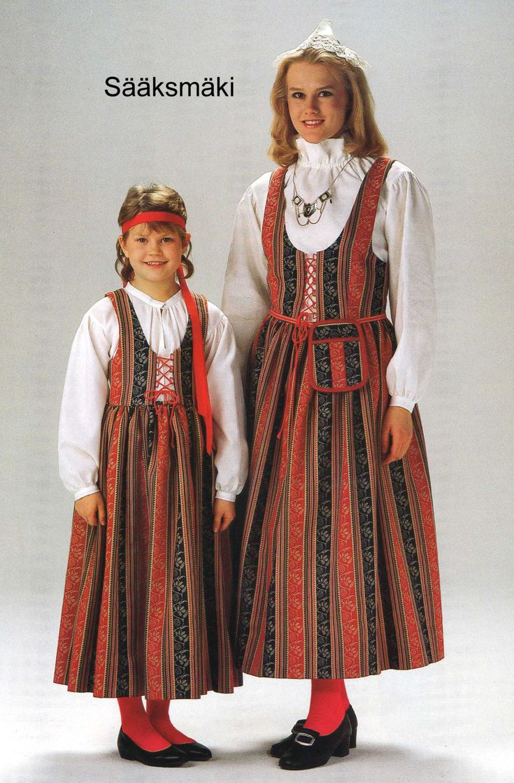 Costumes of Sääksmäki in Finland. #puku #suomi #culture