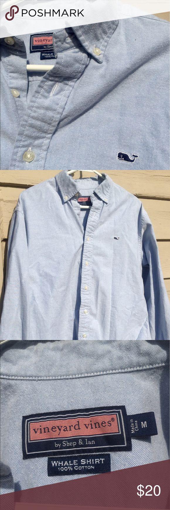 Men's Vineyard Vines Blue Button Down Men's Vineyard Vine light blue button down. Size medium. 100% cotton. ❤Love the shirt but not the price - make an offer! Vineyard Vines Shirts Casual Button Down Shirts