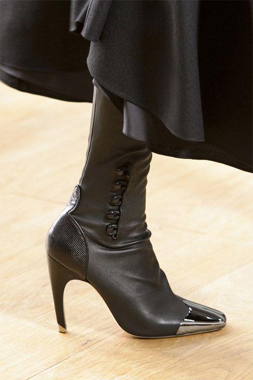 Модная обувь от Nina Ricci из коллекции осень 2017 / зима 2018