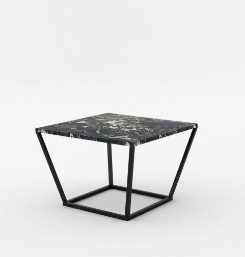 Masa de cafea NOi Italy este practica si imprima o ambianta moderna. Este realizata din metal si marmura, ceea ce garanteaza calitatea si rezistenta acesteia. #SomProduct #inspiring #table #square #modern #look #design