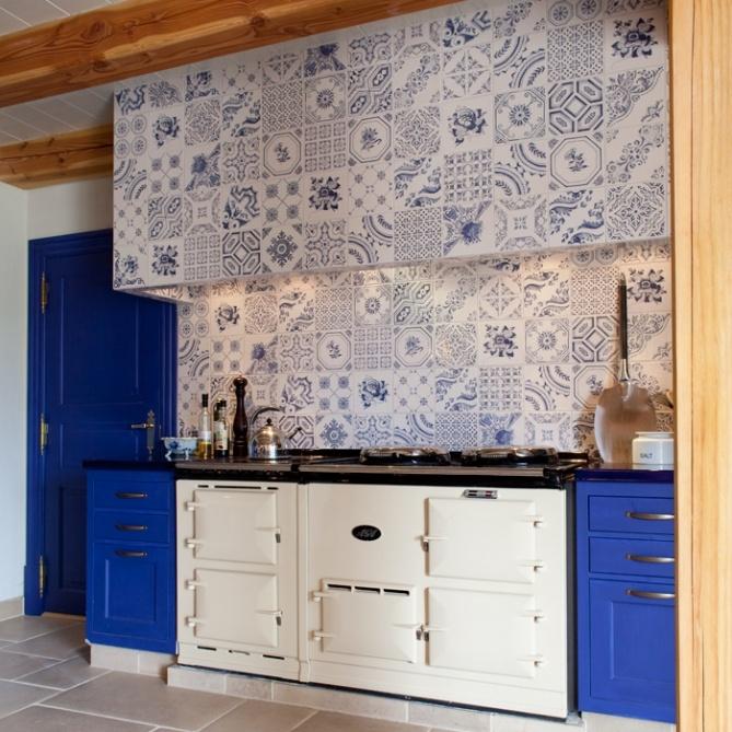 ARANJUEZ: Toledo-25 - 20x20cm.   Revestimiento - Pasta Roja   VIVES Azulejos y Gres S.A. #hydraulic #tile #design