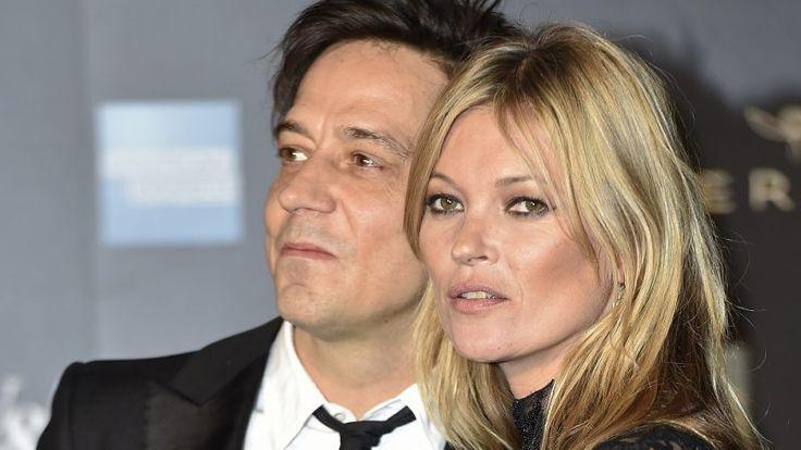 Kate Moss e Jamie Hince chegam a acordo para divórcio