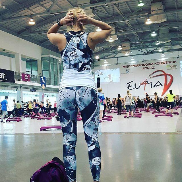 Nasz największy sukces❗ Kiedy widzimy jak reprezentujecie naszą markę❗❤ @byc.jak.czarna.orchidea motywacyjnie podeszła do tematu😙  #workout #cleaneating #getfit #fitspo #determination #motivation #strong #strong #photooftheday #instagood #healthy #motivation #instahealth #healthychoices #fitness #Supertags #bodybuilding #eatclean #train #cardio #exercise #health #training #fitnessmodel #active #fitnessaddict #fit #euforia2017