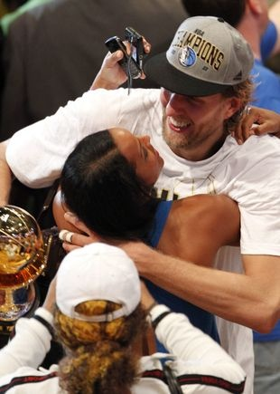 Dirk Nowitzki & his beautiful wife Jessica Olsson celebrating a championship…