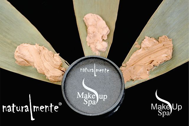 The Make Up Spa Foundations are made from natural plant essences and orange essential oil. Our soft and silky formula helps protect the skin and is avilable in three colours.