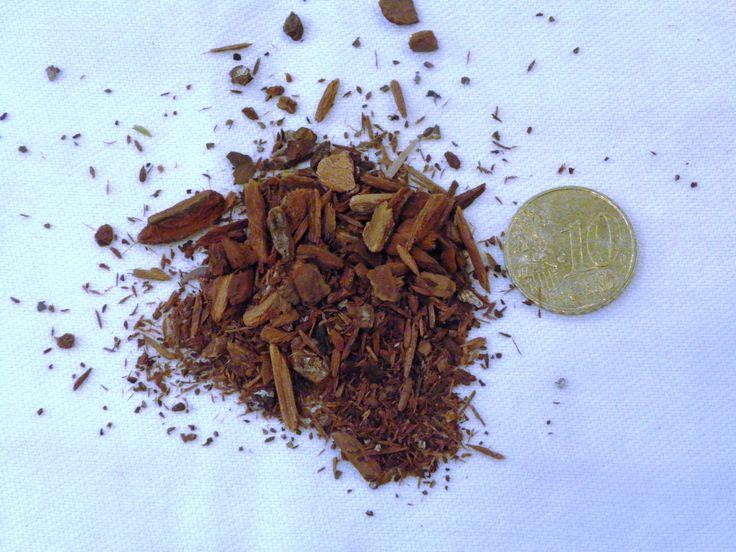 Quinquina, Cinchona succirubra, RUBIACEES  Propriétés: Fébrifuge, tonique général. Usage externe: antiseptique, asthénie, trouble digestfs