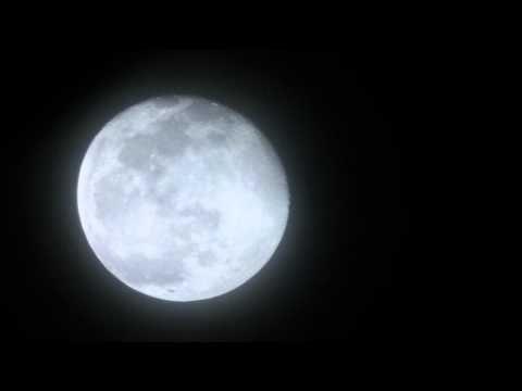 Video Time Lapse - Dark Of The Moon. Video ini direcam menggunakan camcorder kecil dengan 40x zoom