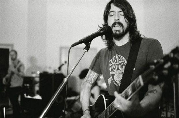 Трент Резнор и Дэйв Гролл оттачивают рок-н-ролл для Grammy http://muzgazeta.com/rock/20144208/trent-reznor-i-dejv-groll-ottachivayut-rok-n-roll-dlya-grammy.html